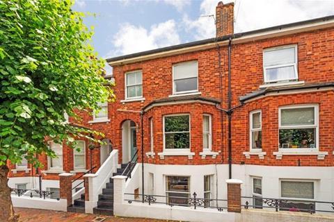 3 bedroom terraced house for sale - Grosvenor Park, Tunbridge Wells