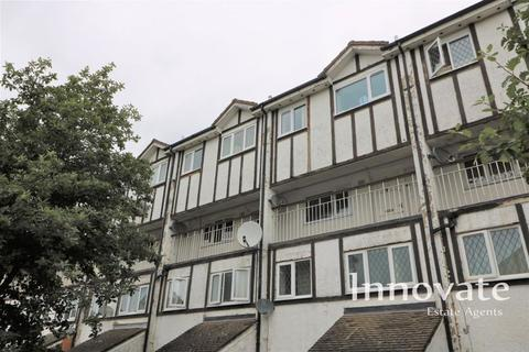 3 bedroom duplex for sale - Scribbans Close, Smethwick