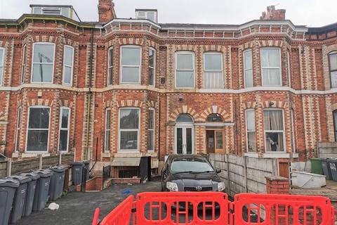 Studio to rent - Dickenson Road, Longsight, Manchester, M13