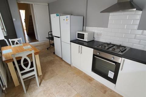 4 bedroom house to rent - Darran Street, Cardiff