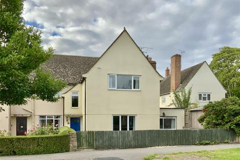 3 bedroom end of terrace house for sale - Archery Road, Cirencester