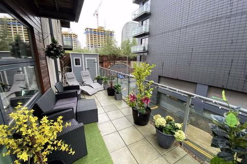 2 bedroom apartment for sale - Masson Place, 1 Hornbeam Way, Green Quarter