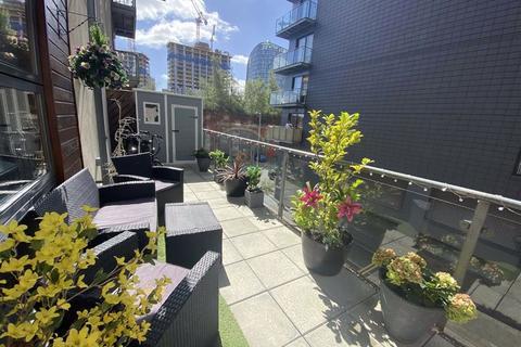 2 bedroom apartment for sale - Masson Place, 1 Hornbeam Way, Green Quarter