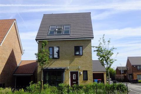 4 bedroom detached house for sale - Meadow Road, New Broughton