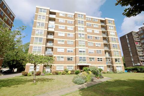 1 bedroom flat for sale - London Road, Patcham, Brighton