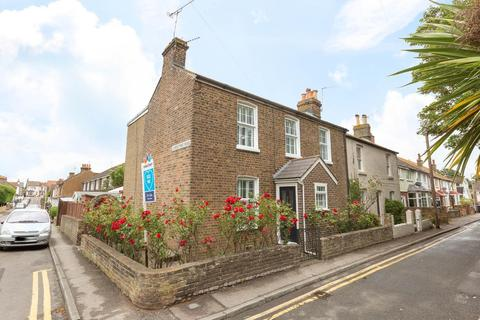 3 bedroom semi-detached house for sale - Victoria Road, Broadstairs