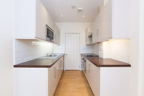 1 bedroom flat to rent - Northcote Road, SW11