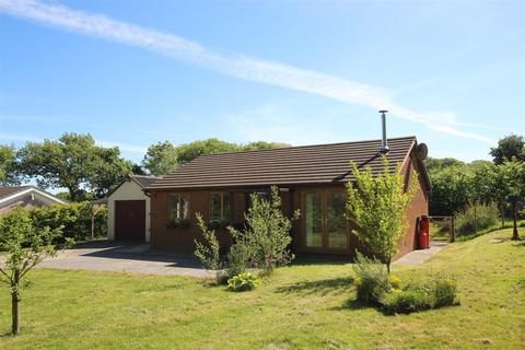 3 bedroom detached bungalow for sale - Synod Inn, Near New Quay, Ceredigion