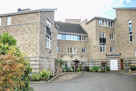 2 bedroom retirement property for sale - Hazel Road, Altrincham, Cheshire