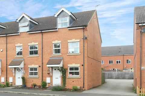 3 bedroom semi-detached house for sale - Tungstone Way, Market Harborough