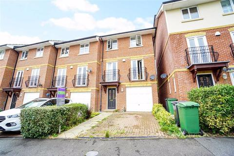 4 bedroom end of terrace house for sale - Etchingham Drive, St. Leonards-on-sea, East Sussex