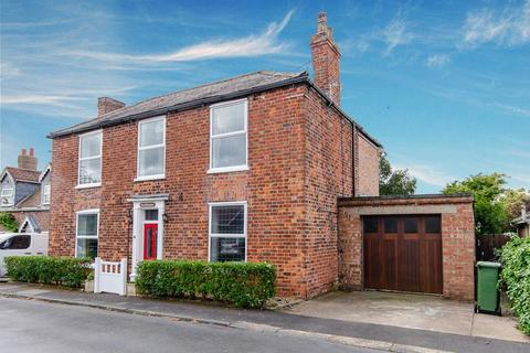 4 bedroom detached house for sale - Patrington Road, Ottringham