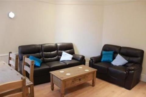 4 bedroom house to rent - 25 Everton Road