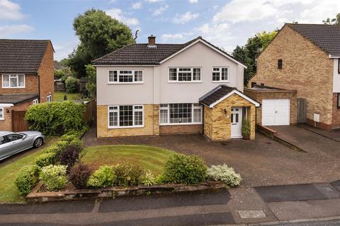 4 bedroom detached house for sale - Silverhurst Drive, Tonbridge