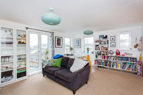 2 bedroom flat for sale - Wandsworth Road, Nine Elms, SW8