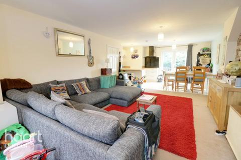 4 bedroom townhouse - Newark Road, Lincoln