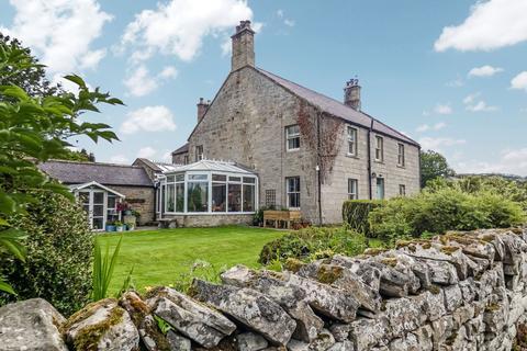 6 bedroom detached house for sale - Farmhouse, Thropton, Morpeth, Northumberland, NE65 7LT