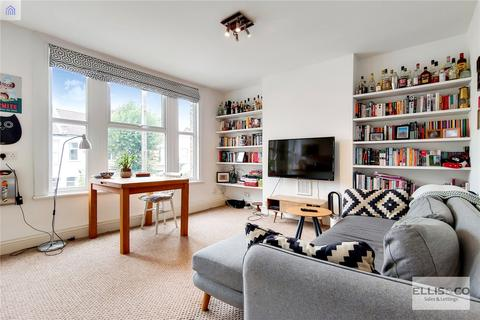 2 bedroom apartment for sale - Russell Road, London, N13