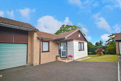 2 bedroom bungalow for sale - Hamworthy