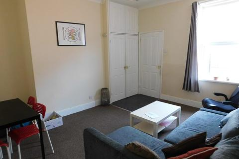 2 bedroom flat to rent - Ancrum Street, Spital Tongues