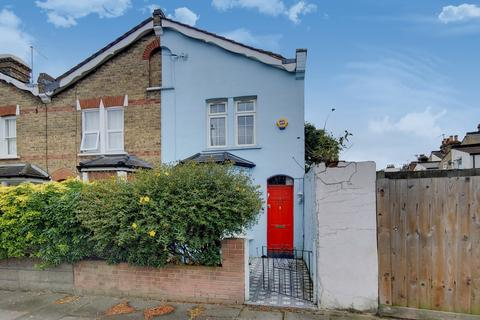 2 bedroom end of terrace house for sale - Eleanor Road, Bounds Green, London, N11