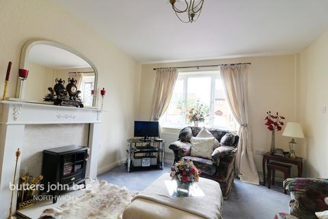 3 bedroom mews for sale - Kelsborrow Close, Northwich