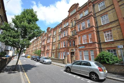 2 bedroom flat to rent - Elliotts Row Kennington SE11