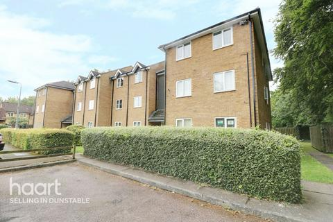 2 bedroom apartment for sale - Tennyson Avenue, Dunstable