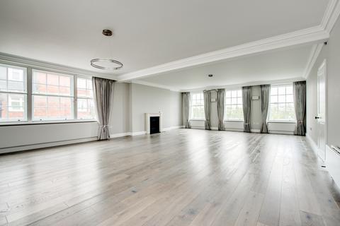 3 bedroom flat to rent - Sloane Street, London