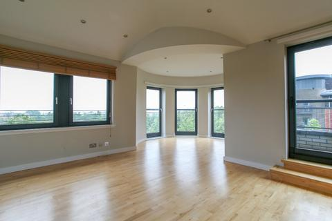 2 bedroom flat to rent - Meggetland Square, Myreside, Edinburgh, EH14 1XP