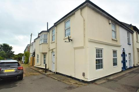 3 bedroom house for sale - Seabrook Road, Hythe