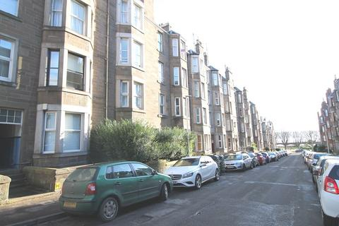 2 bedroom flat to rent - Bellefield Avenue, Dundee, DD1 4NH