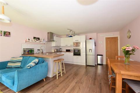4 bedroom townhouse for sale - Lewisham Road, River, Dover, Kent