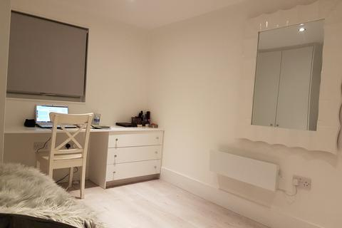 1 bedroom semi-detached house to rent - pounders end high rd