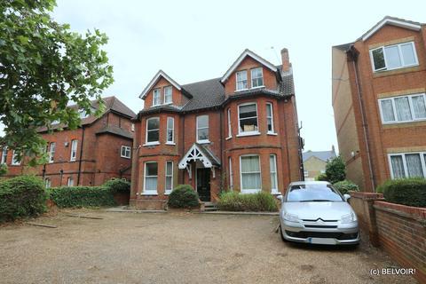 2 bedroom flat to rent - Clapham Road, Bedford, MK41
