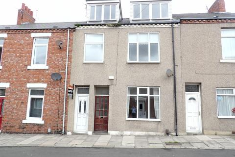 3 bedroom maisonette for sale - Bewick Street, West Park, South Shields, Tyne and Wear, NE33 4JU
