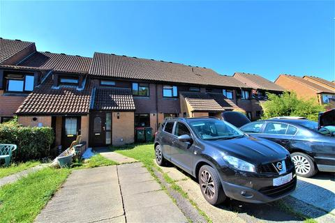 3 bedroom terraced house for sale - Birkdale Drive, Ifield, Crawley, West Sussex. RH11 0TU