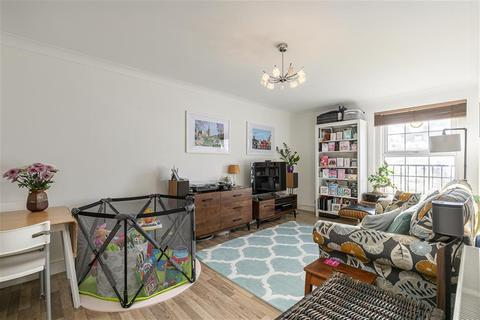 2 bedroom apartment for sale - Walford Road, London, N16