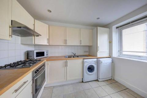 3 bedroom flat to rent - Park South, Battersea,  SW11
