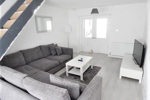 3 bedroom terraced house - Railway Terrace, Blaina, NP13 3BU
