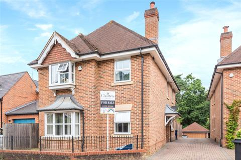 5 bedroom detached house for sale - Burnt Hill Road, Lower Bourne, Farnham, GU10
