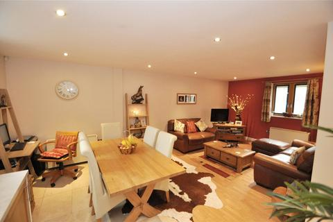 2 bedroom apartment for sale - Winchester House, The Square, Seller Street, Chester, CH1