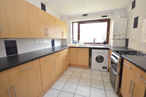 3 bedroom flat to rent - East Crosscauseway, Edinburgh, EH8 9HU