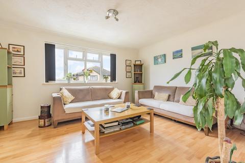 2 bedroom flat for sale - Cheshunt Road Belvedere DA17