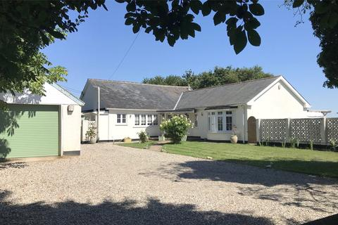 3 bedroom detached bungalow for sale - Chignal St. James, Chelmsford, CM1