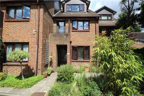 1 bedroom maisonette for sale - Benwell Court, Sunbury-on-Thames, Surrey, TW16