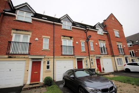 3 bedroom terraced house for sale - Haddon Way, Loughborough