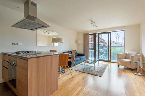 2 bedroom apartment to rent - Fletcher Street, E1