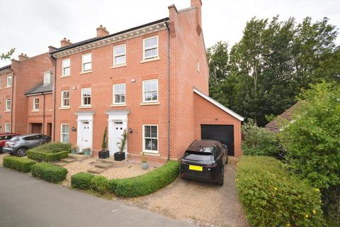 4 bedroom semi-detached house for sale - Lawford Place, Lawford, Manningtree, CO11 2PT
