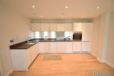 2 bedroom apartment to rent - Westbury Mansions, Old Bracknell Lane West, Bracknell, Berkshire, RG12